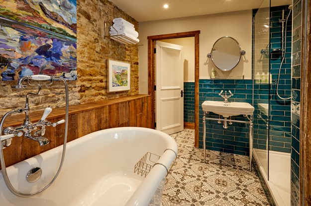 A bathroom at The Crown Cottage