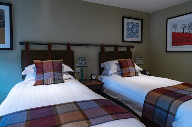 The Carpenters Arms - twin bedroom